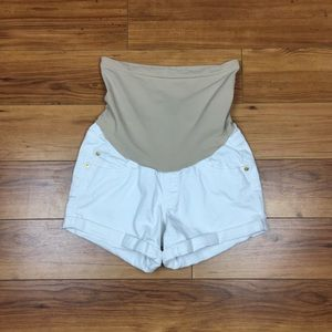 A Pea In The Pod/LED White Jean Shorts Size XS